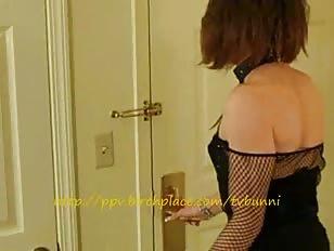 Horny CD Wanks in Hotel Room