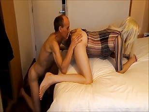 Horny slut loves having Hotel Fun