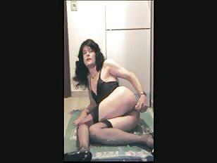 Skinny CD Dildoing Ass on Cam