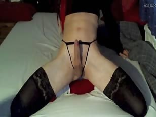 Amazing Hands Free Cumming Crossdresser