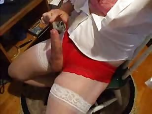 Crossdresser Live Masturbation on Webcam